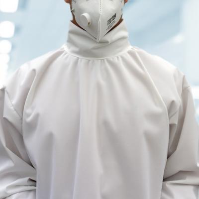 Corona Kittel   Virenabweisend   Arztkittel   Medizinischesequipment   Fuegos EU